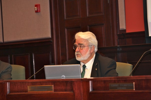 O'Connor vowed to oppose budget granting schools a 10 percent increase.