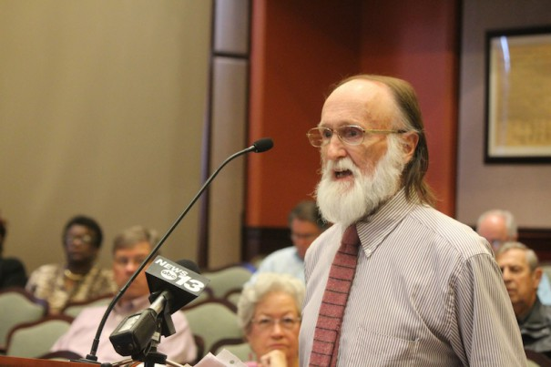 Library user Ken Fitch speaks against a book discard job at the Henderson County public library.