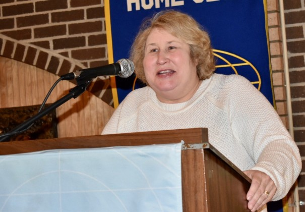Kim Gasperson-Justice speaks to the Kiwanis Club in January 2019.
