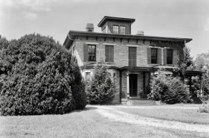 The historic Meadows home was rebuilt of stone in the 1860s after the oringal wood frame house burned. [LIBRARY OF CONGRESS PHOTO, 1933]