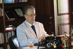 Preston Dyar performs as playwright Tennessee Williams at the Hopewood estate